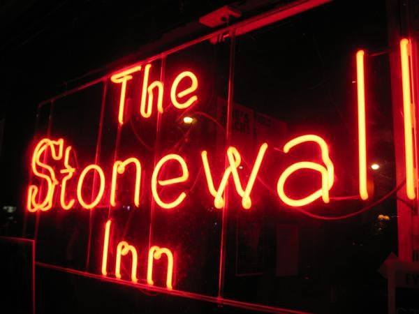 The Stonewall Inn Kicks Off Pride with STONEWALL INN GIVES BACK INITIATIVE Featuring Chelsea Clinton and Ty Herndon Thursday, June 1st